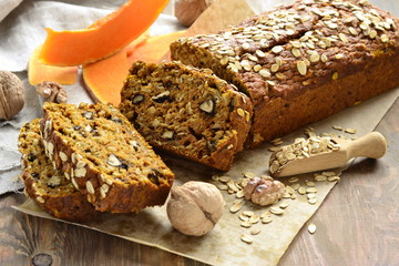 Pumpkin bread with oatmeal and walnuts