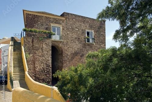 Leinwanddruck Bild Historisches Gebäude, Silves, Portugal