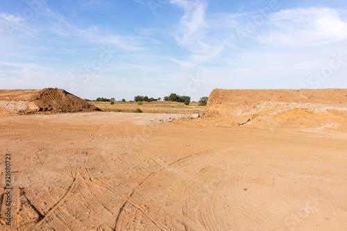 Budowa tamy w celu ochrony przed powodzią