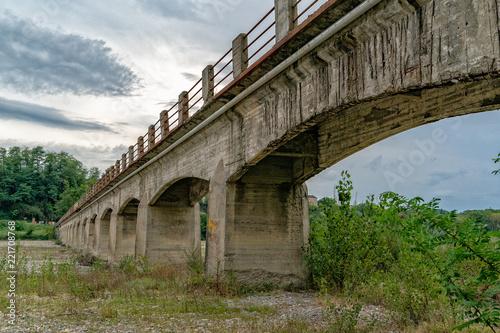 italian bridge near genoa with no maintenance - 221708768