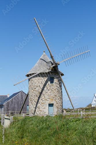 Moulin à vent de Trouguer à Cleden Cap Sizun