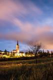 Burgmauern und Kirche von Radstadt am Abend  - 221711920