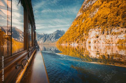 Leinwanddruck Bild Traditional boat on Lake Königssee in fall, Bavaria, Germany