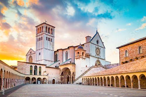 Leinwanddruck Bild Basilica of St. Francis of Assisi at sunset, Assisi, Umbria, Italy