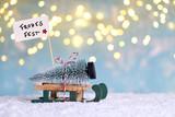 Weihnachtsbaum mit Schlitten holen - 221843511