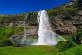 Seljalandsfoss mit Regenbogen, Island
