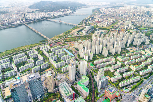 Foto Murales Top view of the Han River and modern residential buildings