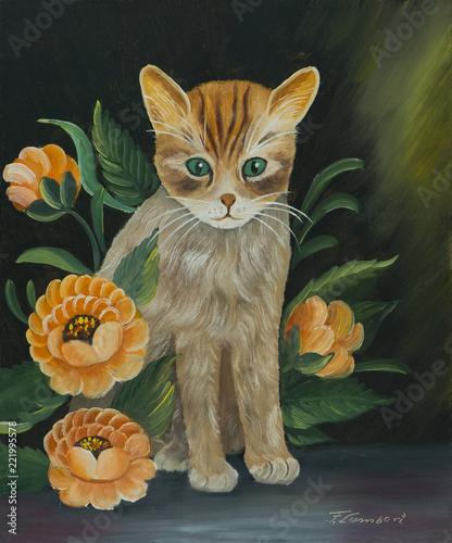 Kleine Katze sitz auf dem Tisch zwischen Blumen © TravelPOIs