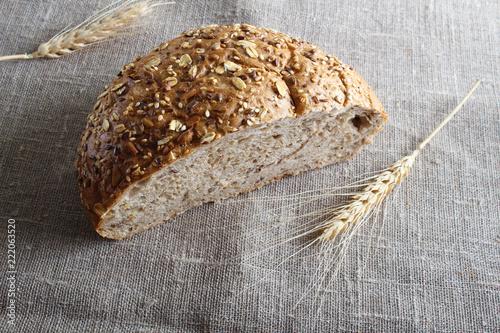 Fototapeta multi-grain bread and ears