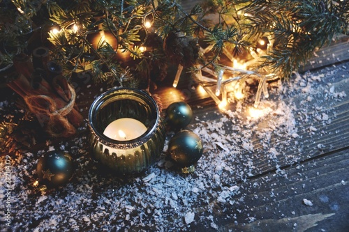 Leinwanddruck Bild Weihnachtsstimmung - Kerzen und Lichter zur Weihnachtszeit