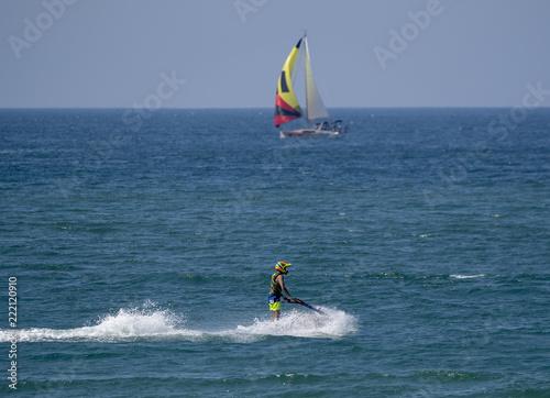 jet ski  - 222120910