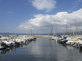 Saint-Cyr-sur-Mer dans le département du Var. La baie des Lecques. Port de la Madrague