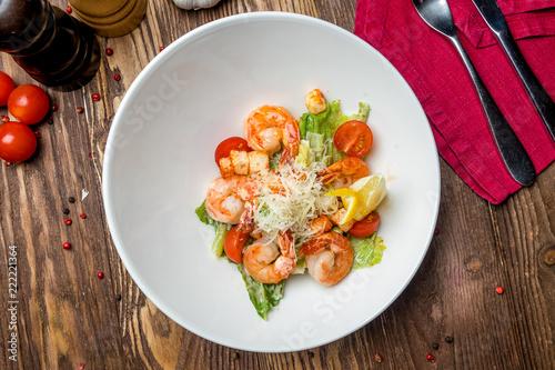 Fototapeta salad caesar with shrimps