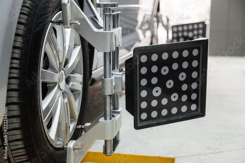 Wheel Alignment - 222284980