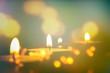 Leinwanddruck Bild - teelichter verschwommener hintergrund
