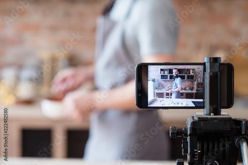 Online cam show