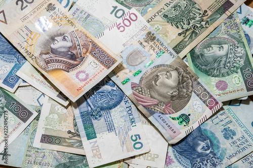 polskie pieniądze w tle, 500 zł