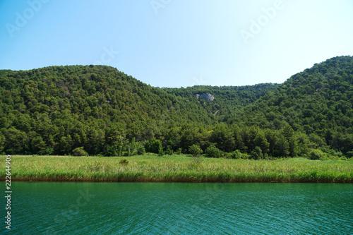 KRKA rzeka w parku narodowym w Chorwacja.