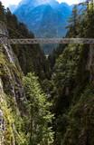 trekking montagna - 222661153