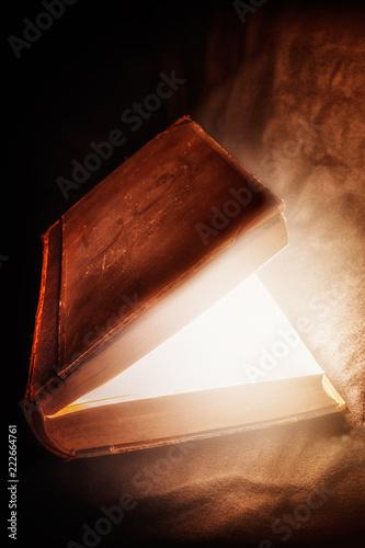 Buch magisch - 222664761
