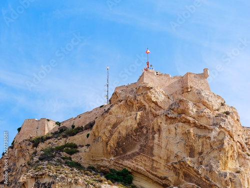 Foto Murales View of the mountain and the castle of St. Barbara in Alicante. Spain.