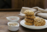 cereal biscuits with seeds of flax and sunflower - 223012755