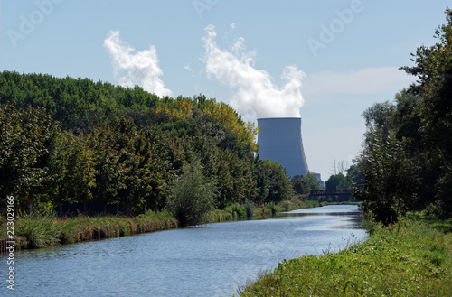 Loire lateral canal and nuclear power plant