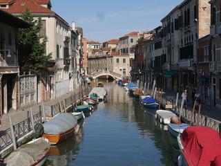 Venezia - scorci nelle Calli del sestiere San Marco © filippoph