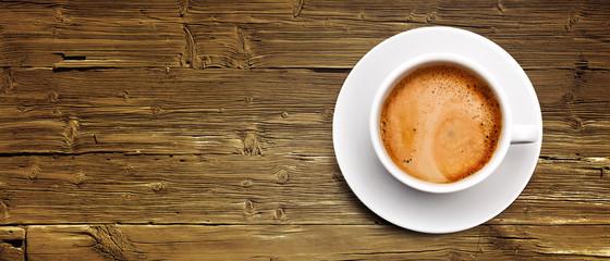 Kaffeetasse auf Holz © by-studio