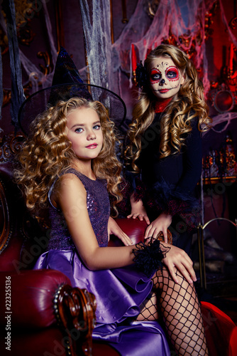 Two Girls In Costumes Buy Photos Ap Images Detailview