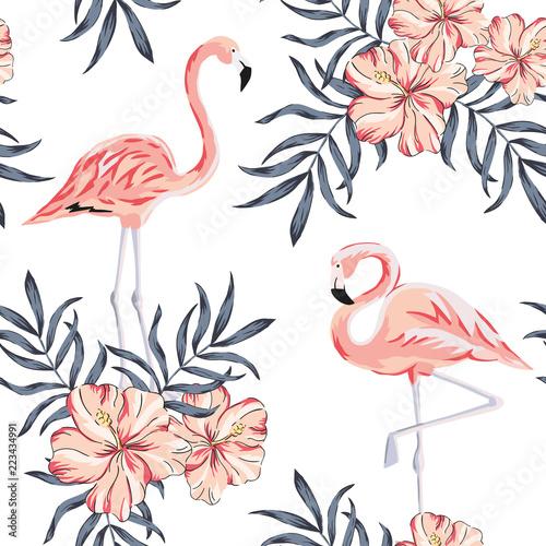 tropical-rozowe-ptaki-flamingo-bukiety-kwiatow-hibiskusa-lisci-palmowych