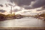 Abendstimmung in Paris - Seine mit Eiffelturm