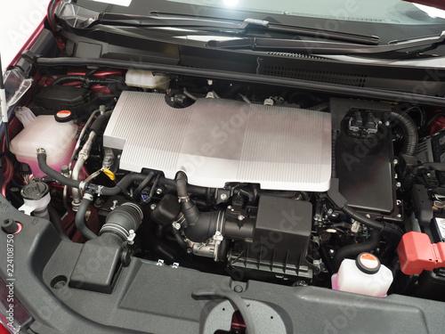 ハイブリッドカーのエンジンルーム