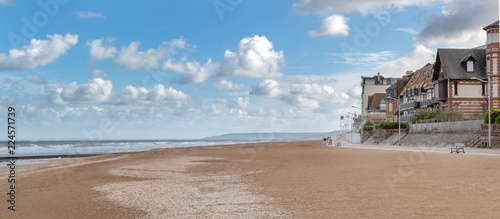 French landscape - Normandie. The promenade and beach of a small town in Northern France. - 224571739
