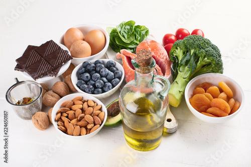 Leinwanddruck Bild Healthy food for brain and memory