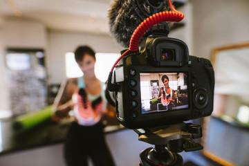 Social media influencer recording video for blog © Jacob Lund