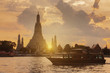 Leinwanddruck Bild - Beautiful Landmark of Bangkok, Thailand. This is Wat Arun temple during sunset.