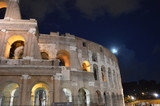 The moon and the Roman Coliseum, an indescribable love