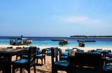 Fototapeta Do akwarium - restauracja z widokiem na morze © katherine_gee