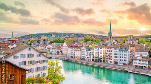 Leinwanddruck Bild Beautiful view of historic city center of Zurich at sunset