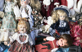 many old toy dolls for sale on the flea market - 225226300