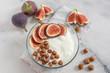 Leinwanddruck Bild - Joghurt mit Müsli