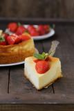 cheesecake new york with fresh strawberries - 225511945