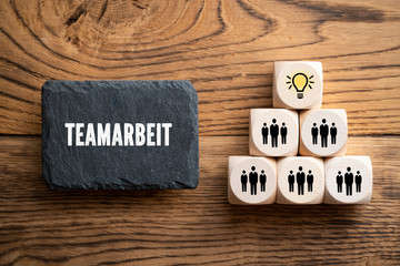 Idee durch Teamarbeit