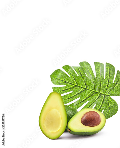 Foto Murales Fresh green avocado isolated