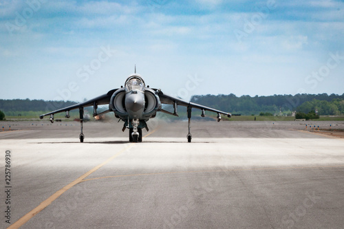 obraz PCV Fighter jet on the runway