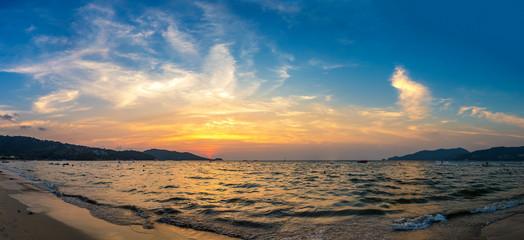 Patong beach © Sergii Figurnyi