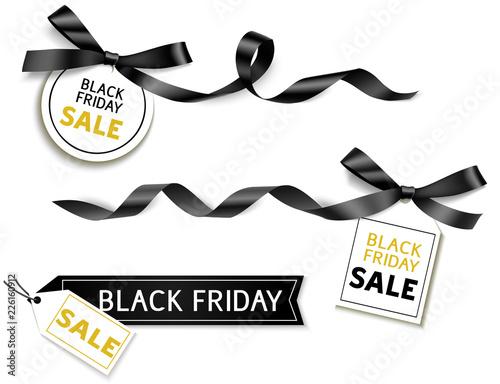 Dekoracyjne poziome czarne wstążki z kokardą i sprzedaż tag na czarny piątek sprzedaż projekt. Wektor dekoracji i etykiety