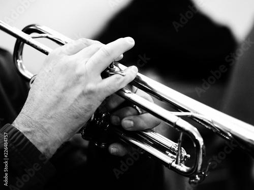 Trumpet player. - 226484757