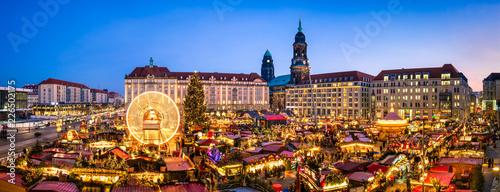 Dresdner Striezelmarkt, Sachsen, Deutschland - 226502175